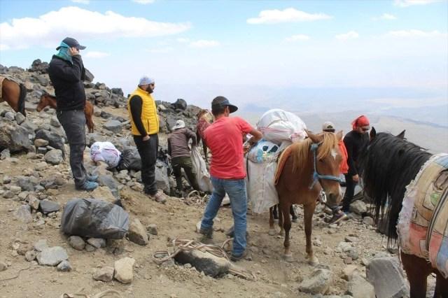 Ağrı Dağı'nda dağcıların en büyük yardımcısı: Türkiye'nin yerli 'şerpa'ları - 7