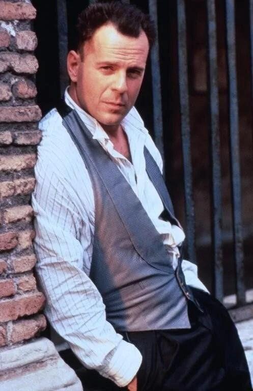 66. yaşına özel unutulmaz Bruce Willis filmleri - 13