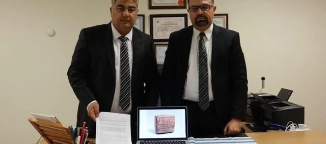 Dr. Ahmet Berkız Turp (sağda),Mustafa Demir