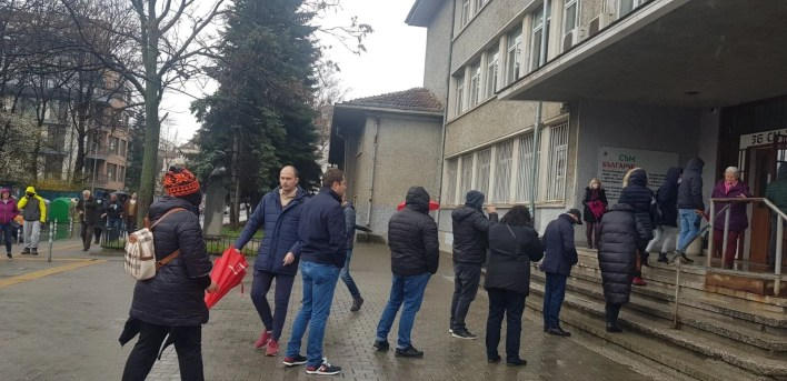In the Bulgarian polling stations: the most expensive option in the history of the country - 11