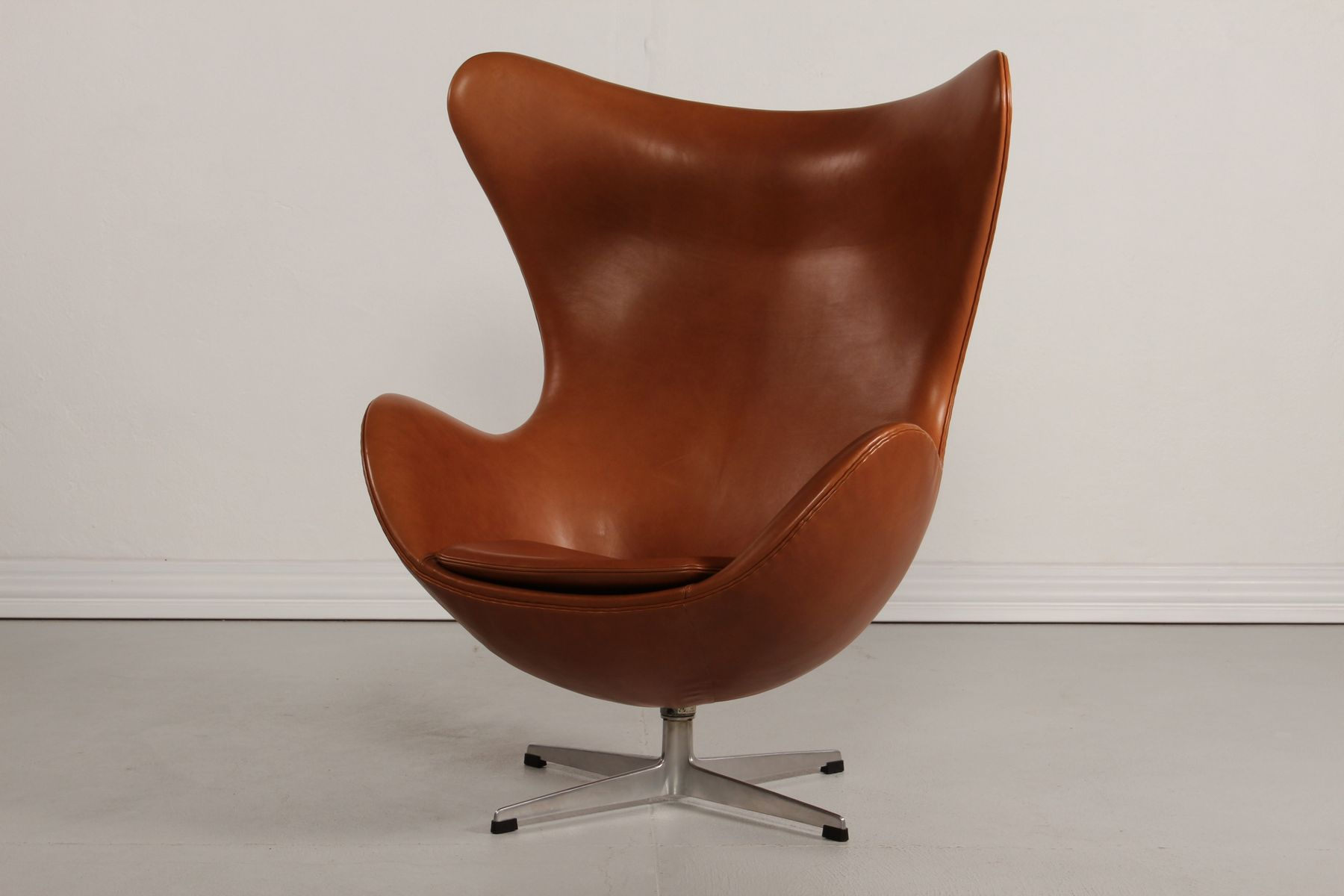 Egg Chair Cognac.Egg Chair Price Fritz Hansen Early Arne Jacobsen Quot Egg Quot