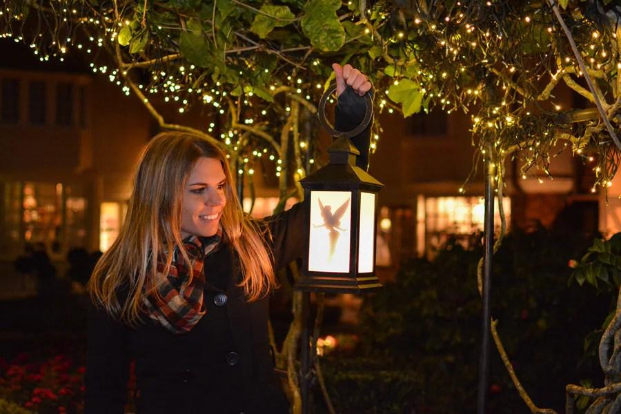 Disney PhotoPassTinker Bell lantern photo op in the UK pavilion at Epcot