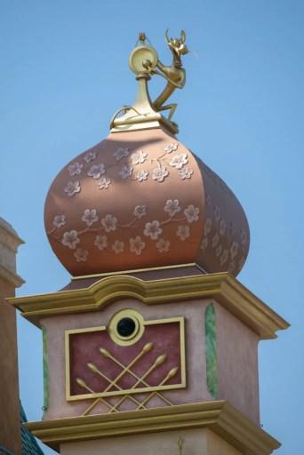 Detalle del nuevo castillo de sueños mágicos en Hong Kong Disneyland