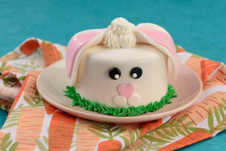 Mini Bunny Cake available at Contempo Café. Disney's Contemporary Resort
