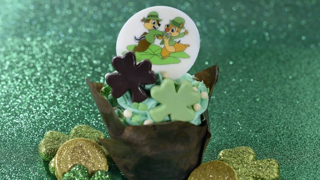 St. Patrick Cupcake from Roaring Fork at Disney's Wilderness Lodge