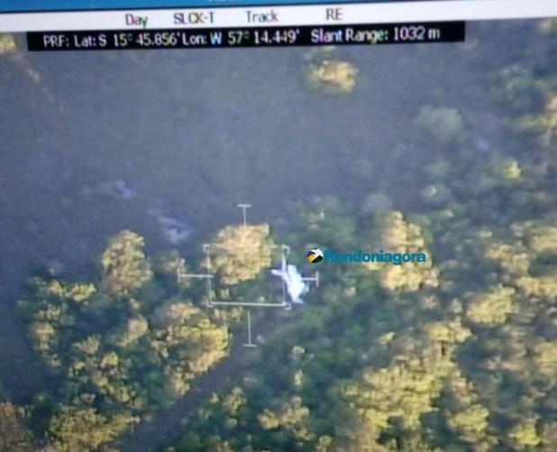 Vídeo: Pilotos de avião que caiu no Mato Grosso chegam em aeroporto