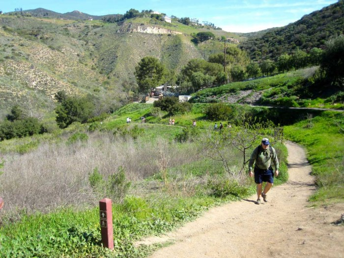 The trail heads down into Escondido Canyon