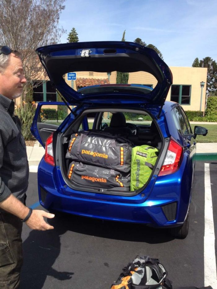 Stowing gear in the Honda Fit