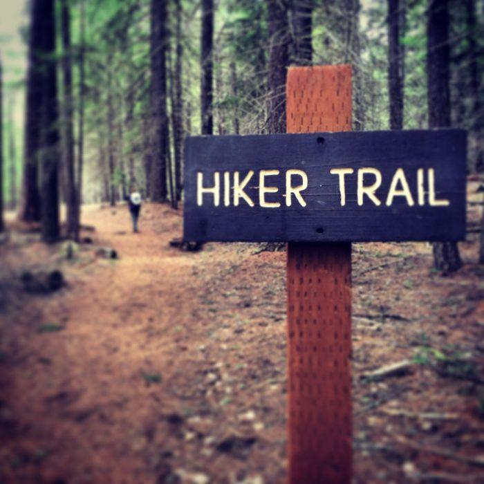 Hiker Trail along the Metolius River