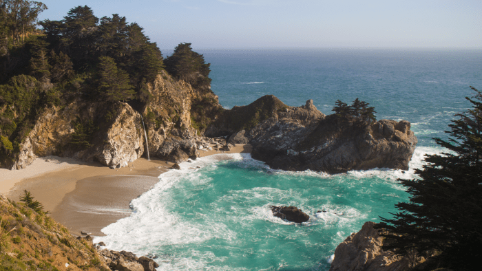 Photogenic McWay Falls in Big Sur
