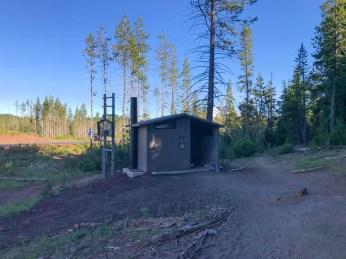 Trailhead facilities at Tumalo Mountain