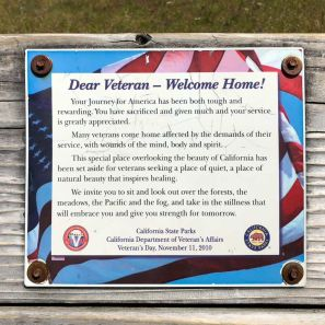 Commemorative sign on Veteran's Bench