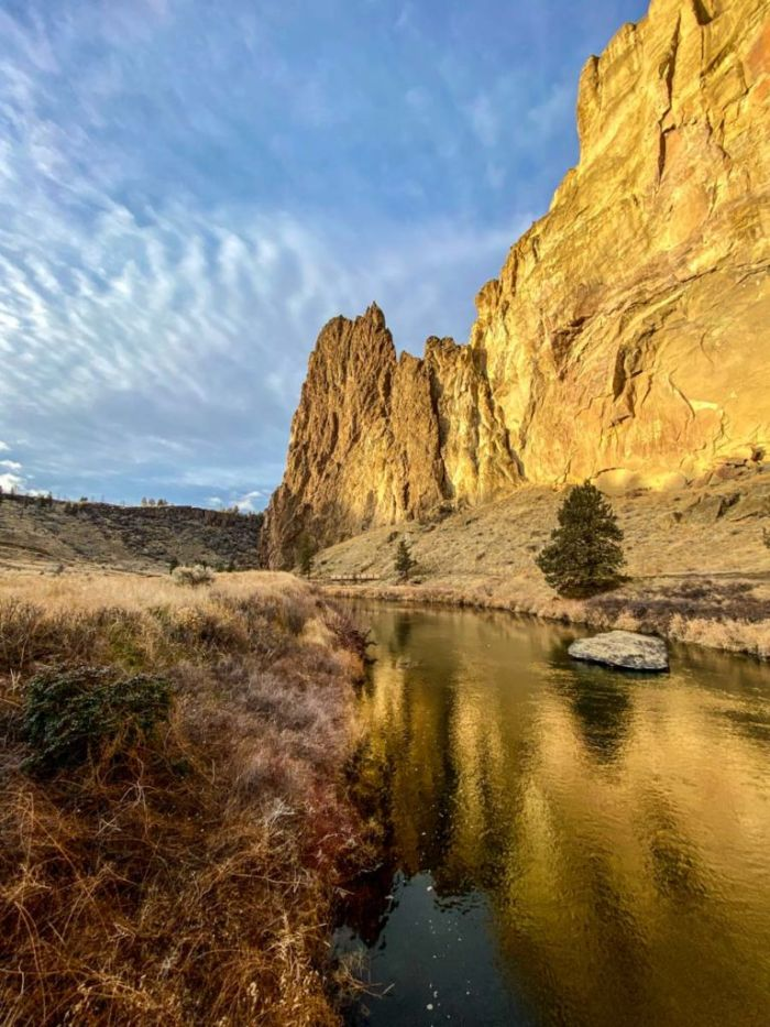 Crossing the Crooked River in Smith Rock State Park