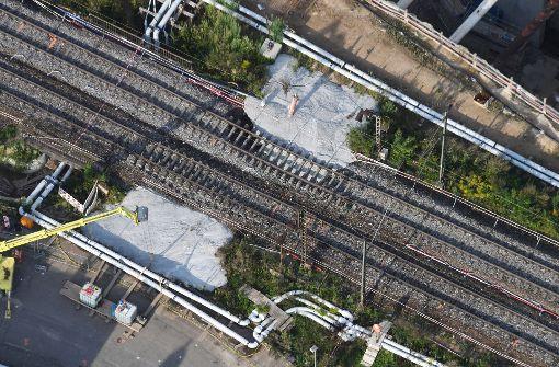 Mitte August hatten sich im Rahmen von Arbeiten für den neuen Rastatter Tunnel Gleise abgesenkt. Foto: dpa