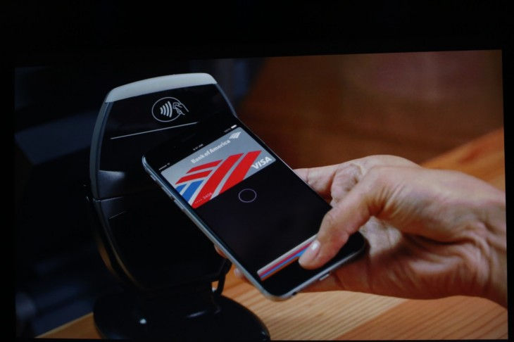 Apple Oct 2014 223 730x486 Apple announces Apple Pay, an NFC payment feature for the iPhone 6 and Apple Watch