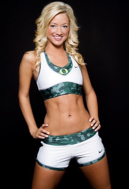 oregon-cheerleader-katelynn(05).jpg