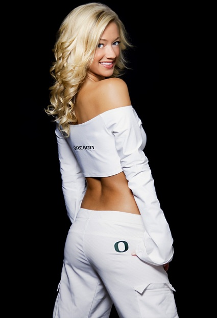 oregon-cheerleader-katelynn(06).jpg