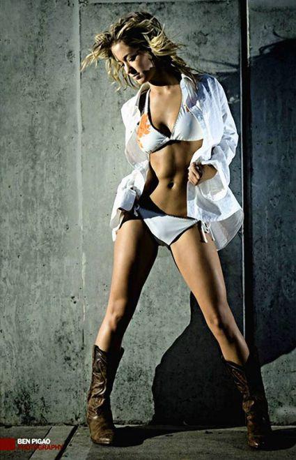 oregon-cheerleader-katelynn(11).jpg