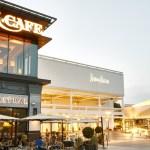 The Fancy Suburban Mall Restaurant Is A Bad Idea