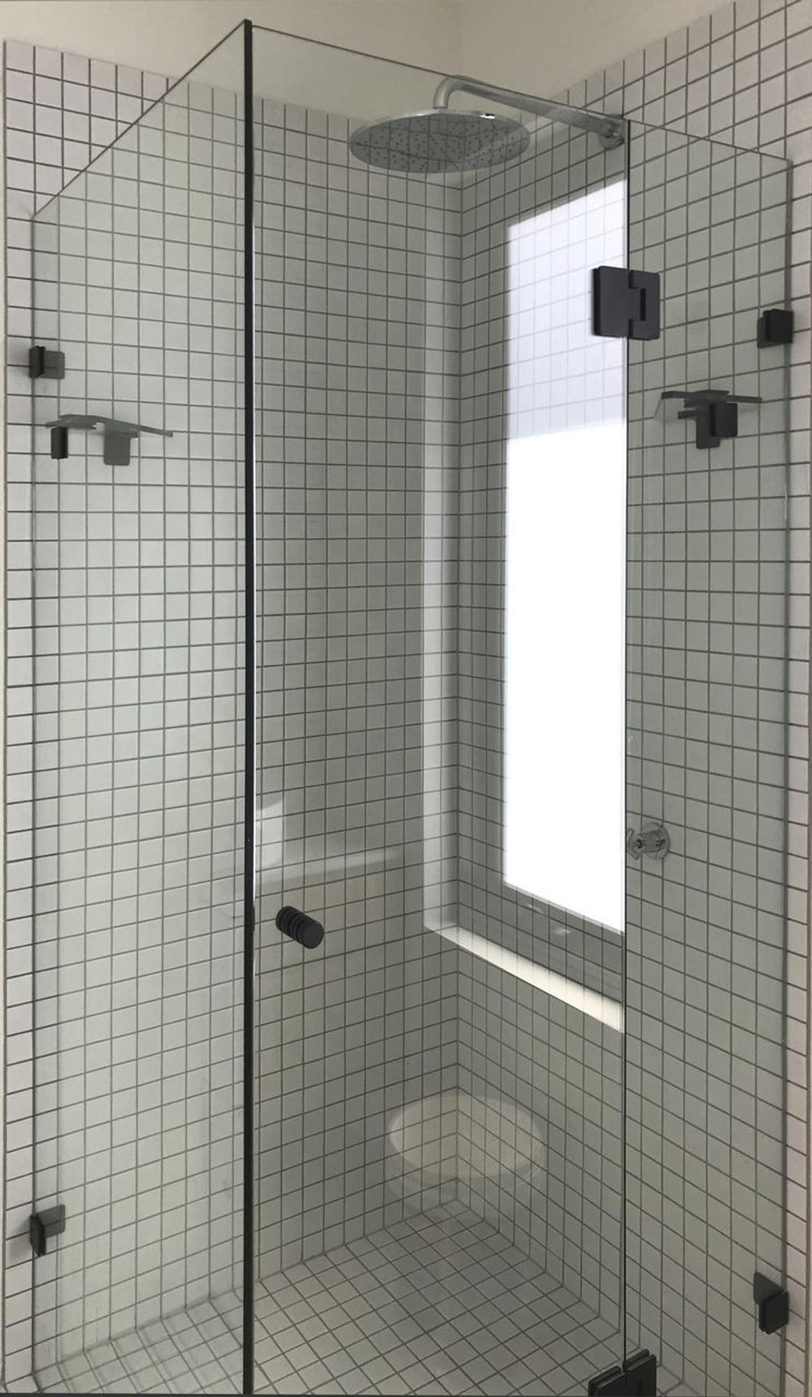 Normandy Frameless Shower Screen Square L Shape