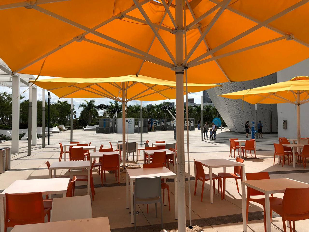 capri giant telescopic umbrella base 16 x16 or 20 x20