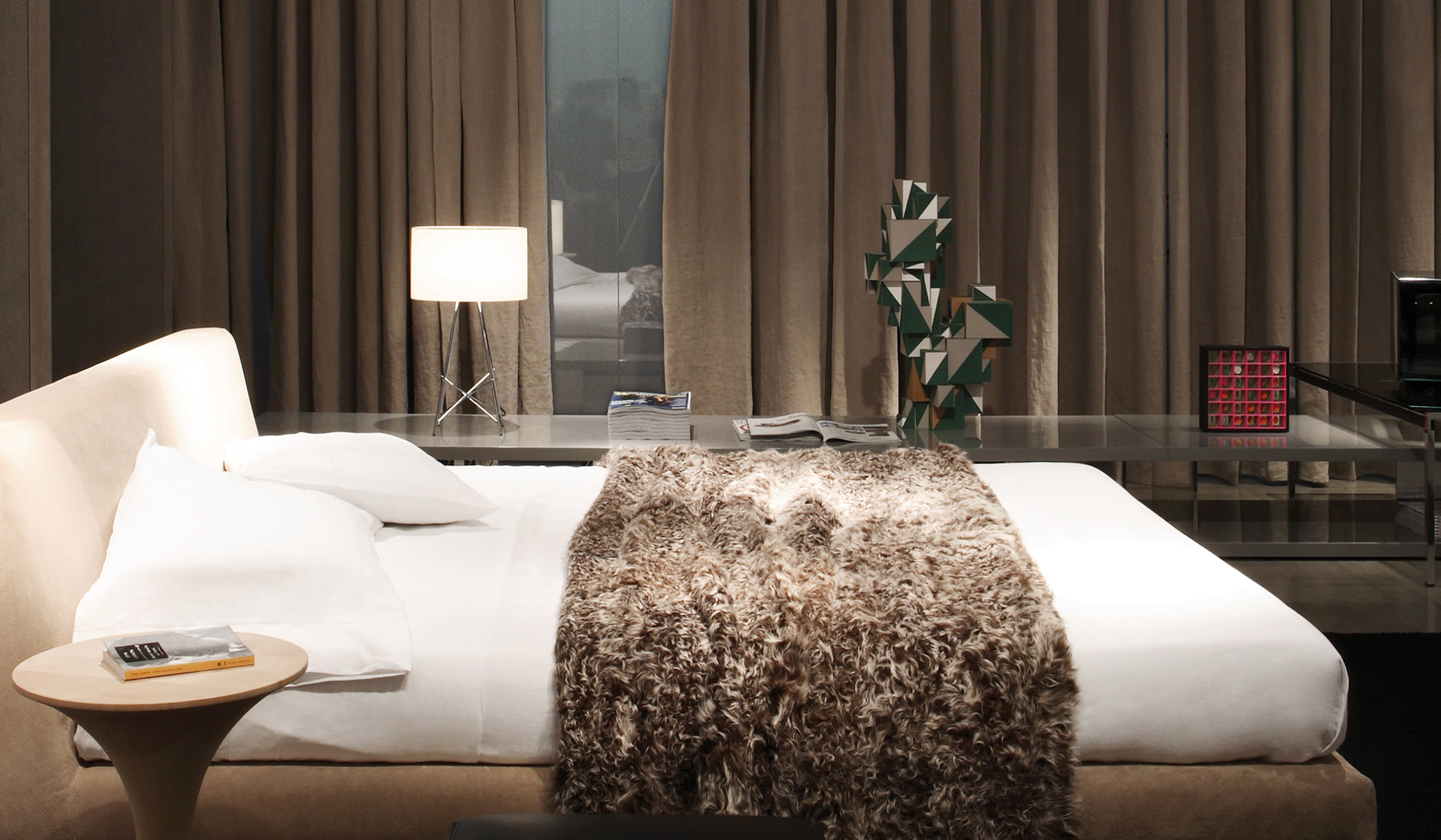 modern contemporary bedroom lighting