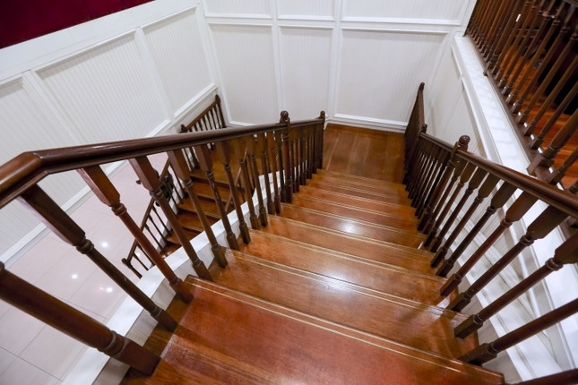 Wood Stair Treads And Stair Risers Frequently Asked Questions | Unfinished Stair Treads And Risers | Indoor Decorative Stair | Custom | Red Oak | Wood Plank | Hickory