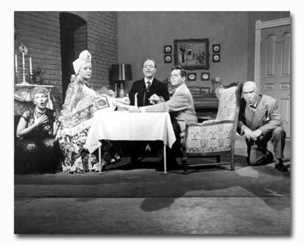 ss2439710 cast i love lucy television photo