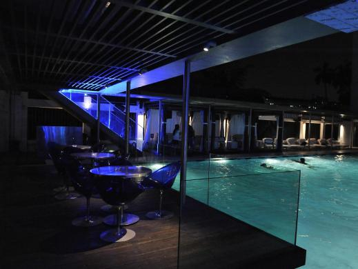 Aqua Poolside Lounge - nightlife in kolkata