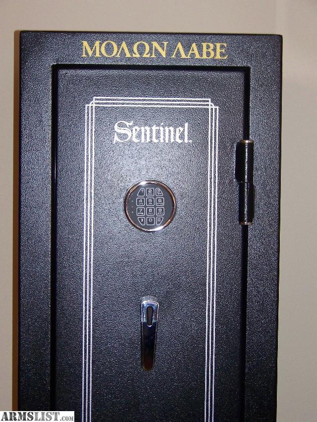 Sentinel Locks Gun Safe