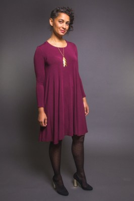 Closet Case Ebony T-Shirt & Knit Dress Pattern (Beginner)