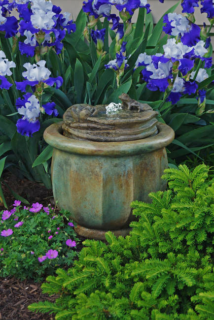 the benefits of outdoor water fountains