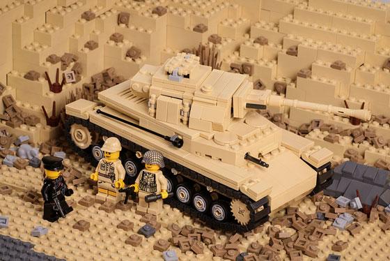 2070-panzeriv-upgrade-action2-560.jpg