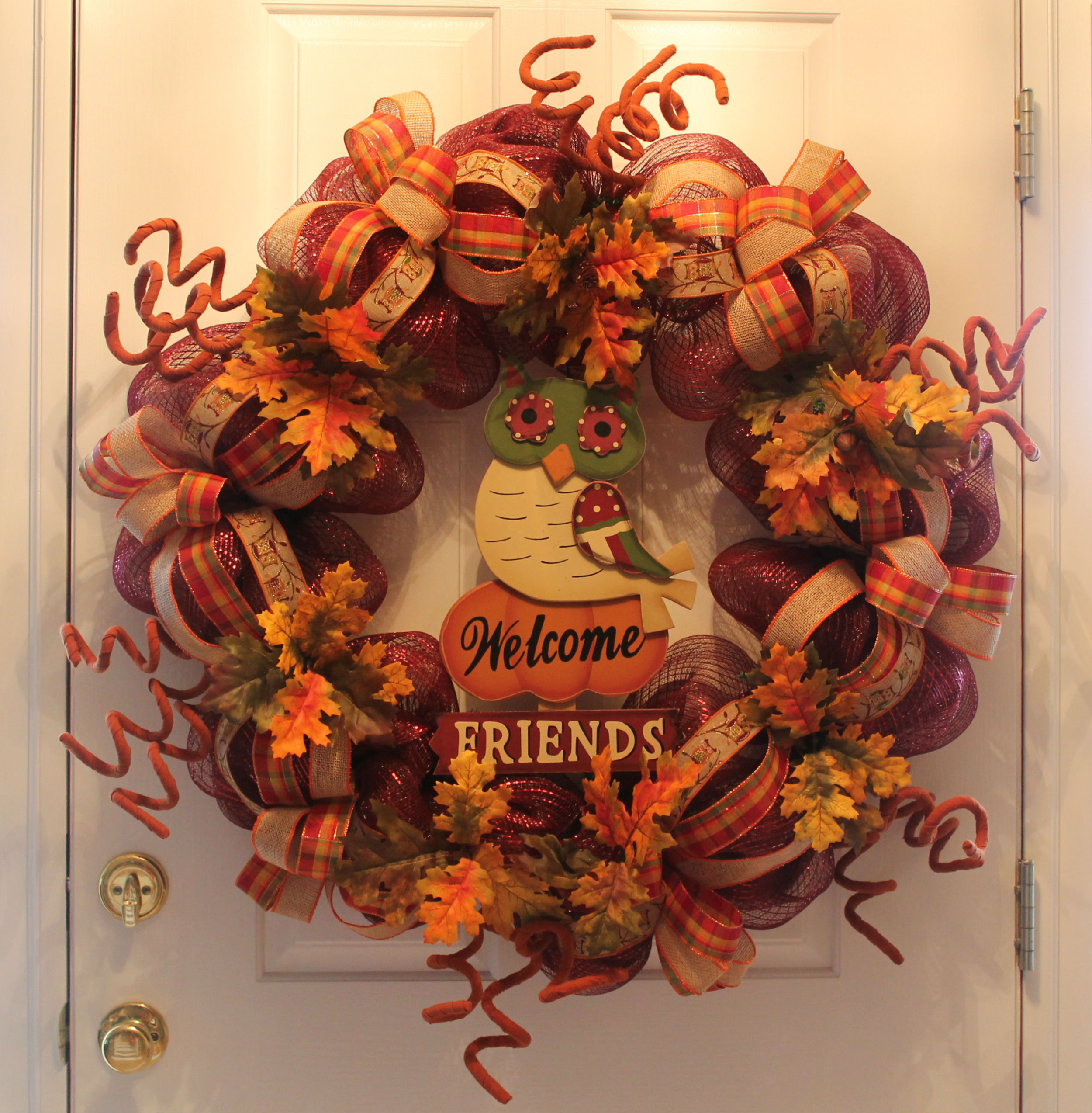 DIY Mesh Thanksgiving Wreath Welcome Friends The
