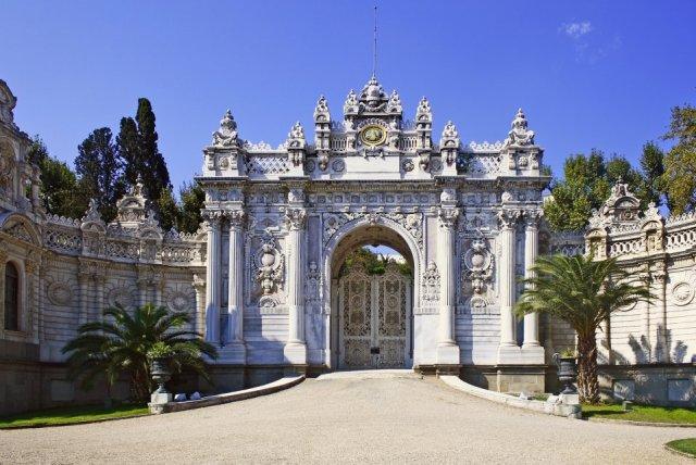"Дворецът ""Долмабахче"" – Истанбул, Турция :: Туристически обекти ..."