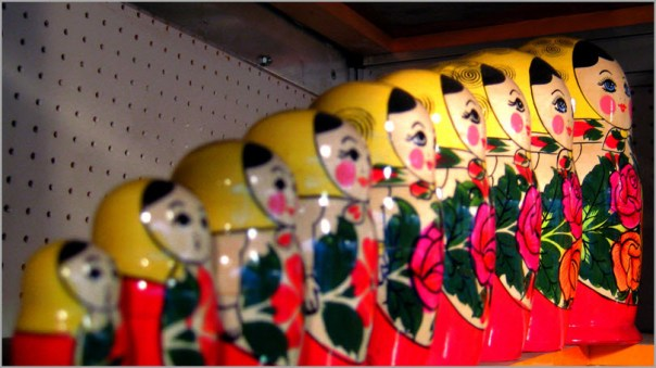 up-close-image-of-russian-dolls-on-a-store-shelf-for-how-to-quickly-create-blog-content