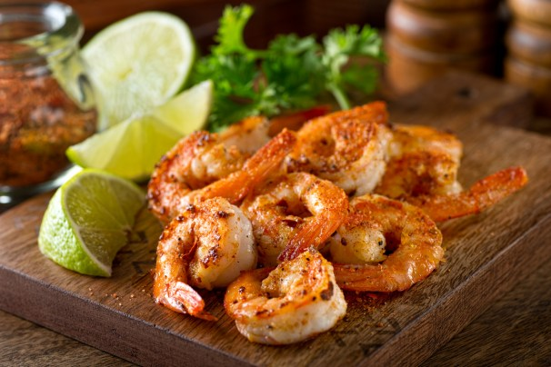 Del mar a tu mesa: camarones al mojo de ajo | CocinaDelirante