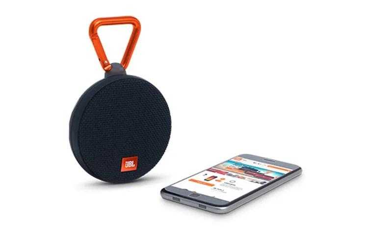 Draadloze, waterdichte speaker met clip van JBL