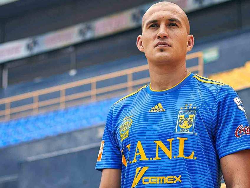 Tigres, UANL, Presenta uniforme, Apertura 2018, Liga MX, Estadio Universitario, Azul, Amarillo, Futbol mexicano
