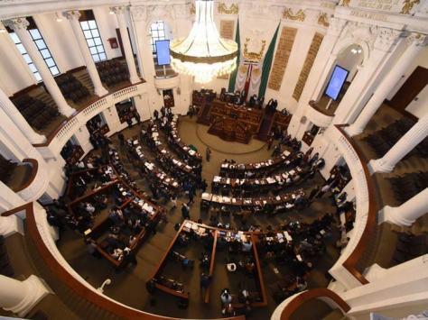 Resultado de imagen para Elevar presupuesto a educación desata debate en Congreso local