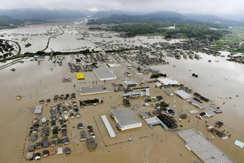 Al menos 50 muertos en Japón por lluvias
