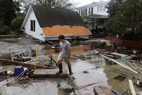 Aumentan a 13 los muertos en Estados Unidos por 'Florence'
