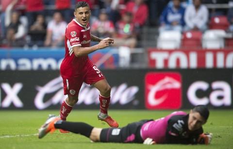 Alexis Vega Gol Toluca