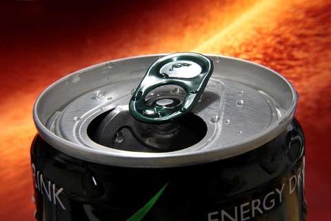 Acabó con la boca podrida por tantas bebidas energéticas
