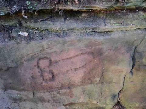 Encuentran un pene tallado por los romanos en Reino Unido
