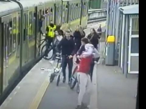 empujan a mujer a vías del metro