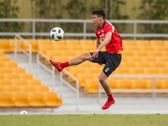 El atacante mexicano volvió a los entrenamientos tras un golpe que le impidió terminar el partido del pasado fin de semana en la Liga de Holanda (Foto: @psveindhoven)
