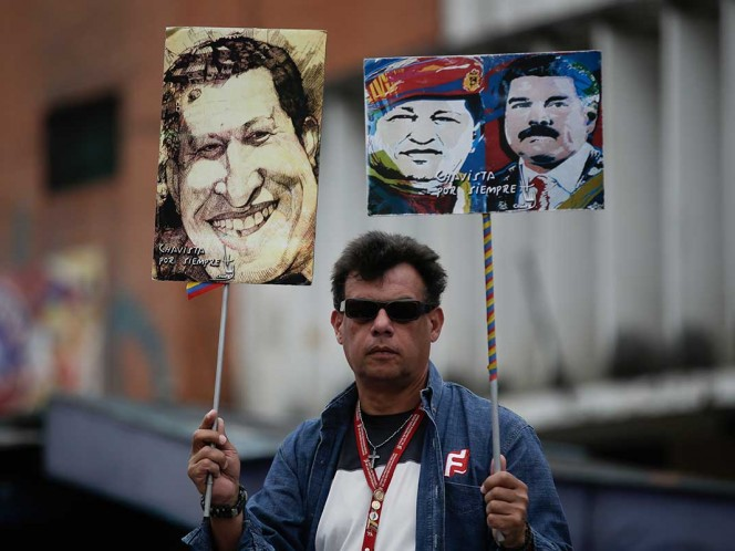 Crisis en Venezuela eclipsa aniversario luctuoso de Hugo Chávez