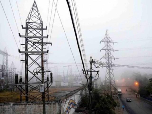 Ataque cibernético causó falla en servicio eléctrico: Maduro