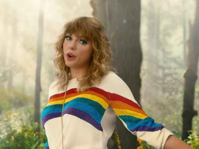 Taylor Swift dona miles de dólares a organización LGBT